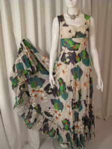 1970's Daisy printed voile vintage dress Paula Renoir of Mayfair **SOLD** es